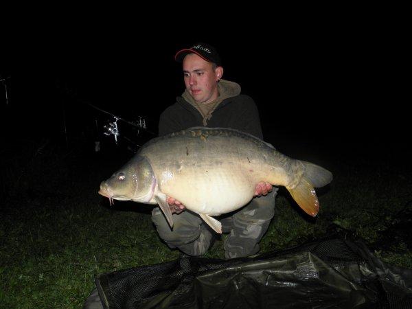 11kg900