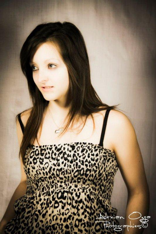 Moi :p Déborah , 17 ans Célib