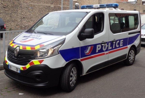 927  POLICE