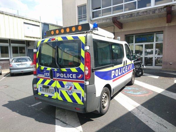 928  POLICE