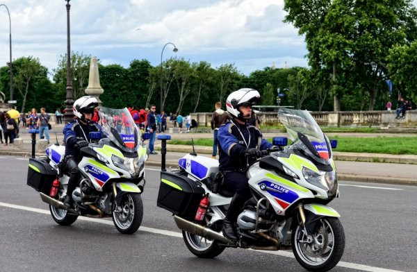 936  POLICE