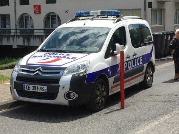 937  POLICE