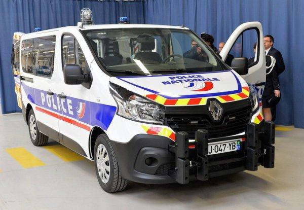 977  POLICE