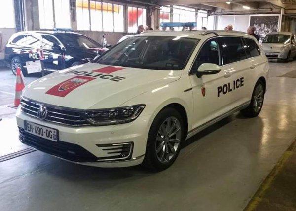 985  POLICE
