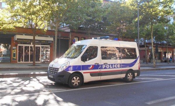 991 POLICE