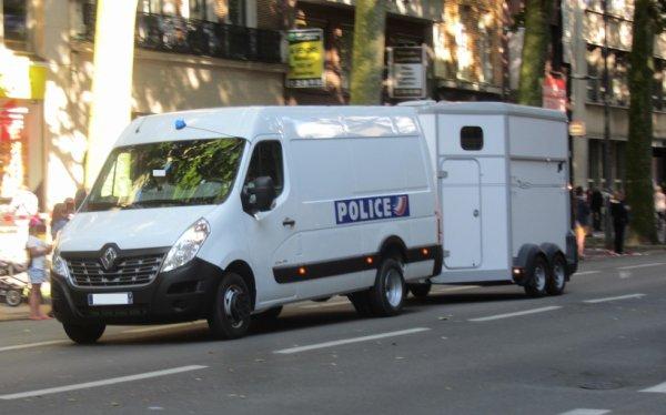 994 POLICE
