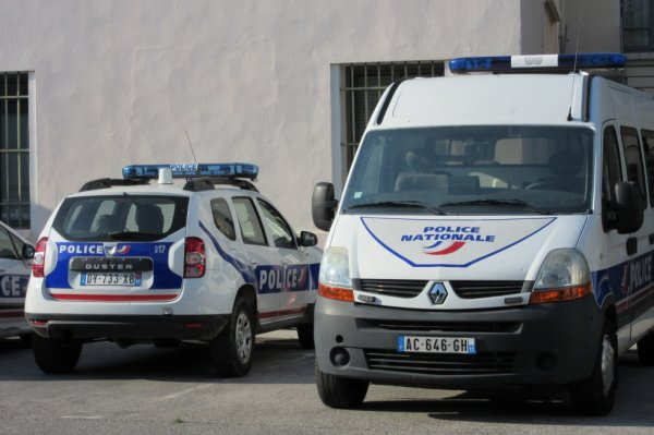 998 POLICE