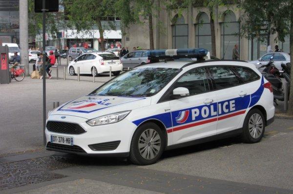 1002  POLICE
