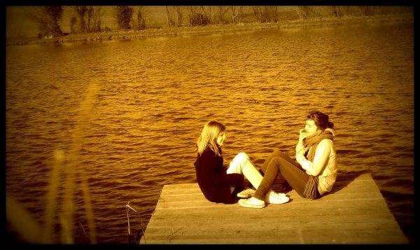 Les vrais amies sont ceux qui nous aident, sans qu'on leur demande ...  ♥