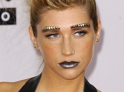 Les différents make-up de Ke$ha