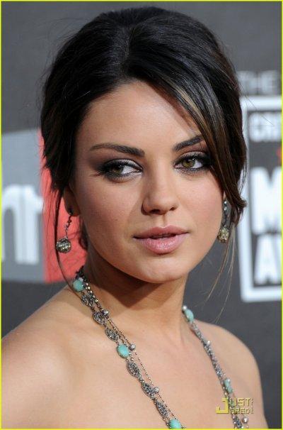 Qui de Mila Kunis ou Natalie Portman est la plus belle?