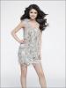 Selena tres retouche! Qui ne voudrait pas lui ressembler?