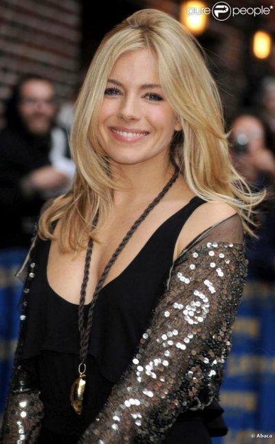 Sienna Miller aurait déjà remplacé Jude Law!