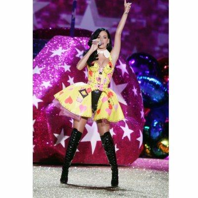 Retrouvez les looks déjantés de Katy Perry