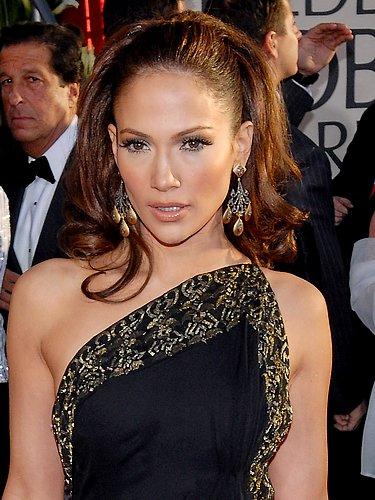 Jennifer Lopez élue plus belle femme du monde à 41 ans