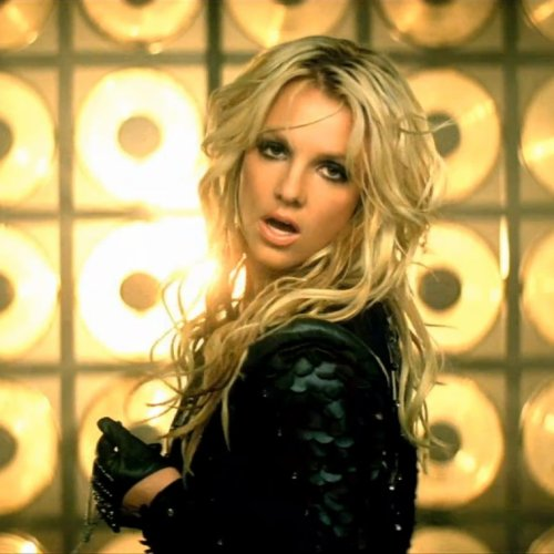 "La coiffure du jour: Britney Spears dans son clip ""Till the world ends"""