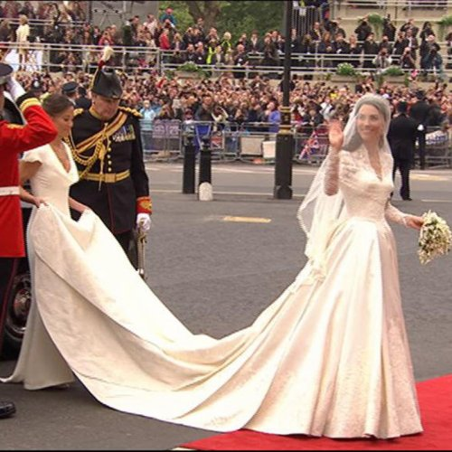 Le grand look du jour: La robe de mariée de Kate Middleton