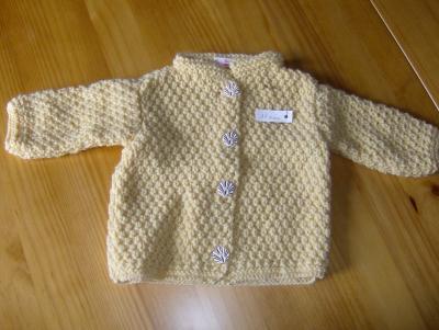 Layette tricotee mains veste fille passionnee de tricot - Couleur jaune paille ...