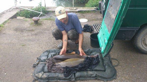 pour finir ces 24 heures deux derniers poisson de 7 kg00 et 9 kg 500