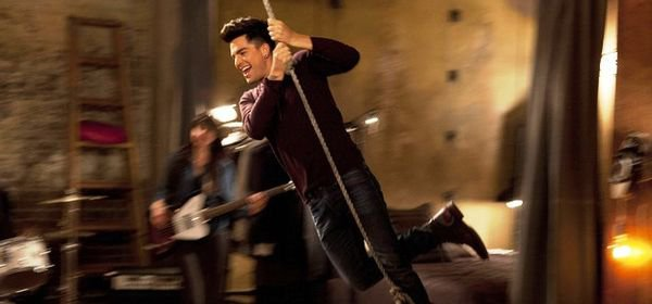 Glee, saison 5 : Starchild (Adam Lambert) ne va pas tarder à quitter la série
