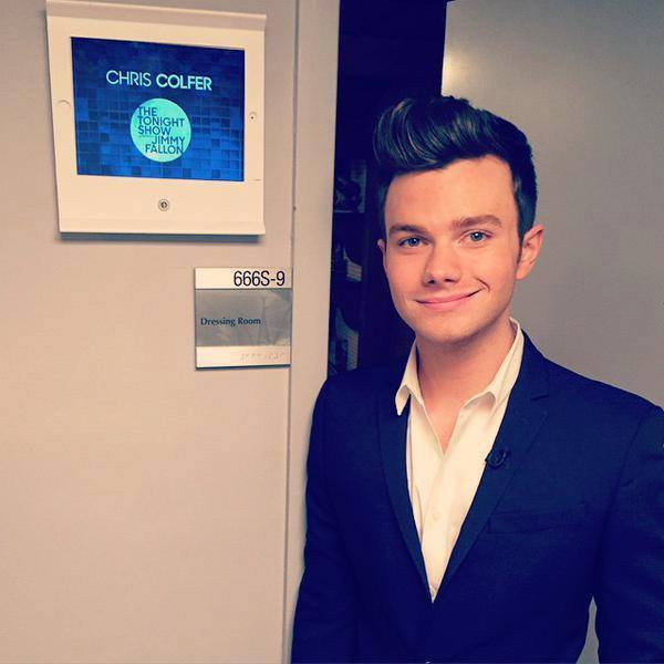 CHRIS COLFER CHEZ JIMMY FALLON