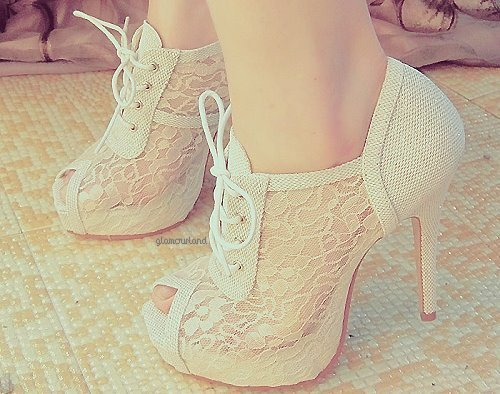 Chaussures dentelle