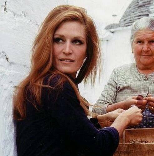 Dalida à la campagne.