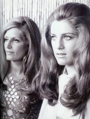 Dalida et Sheila. La chanson franÇaise.