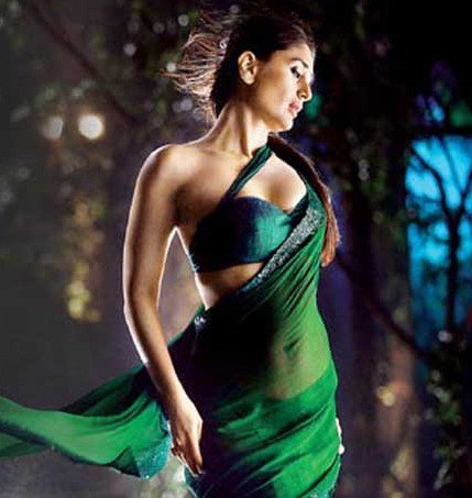 Love towards Green Sarees by Bollywood Actresses
