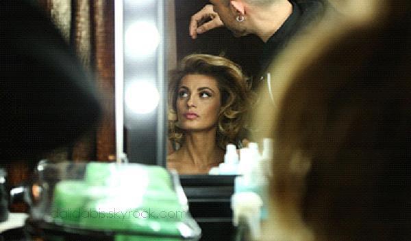 sveva alviti  l'actrice italienne qui va incarner dalida...