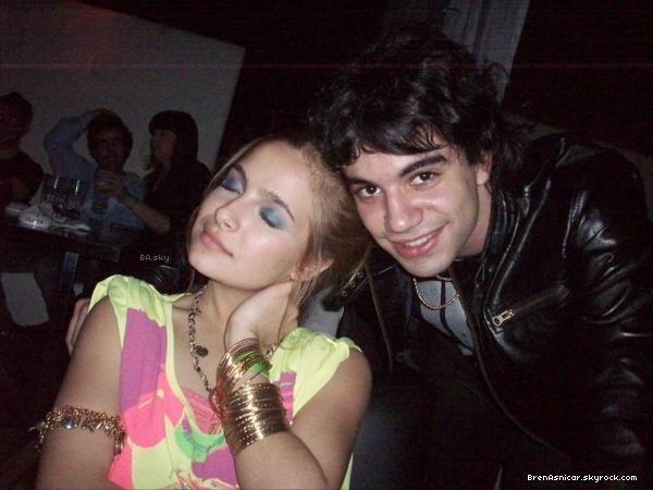 . Brenda à Rumi pour l'anniversaire des 18 ans de son BF Nico Zuviria, le 27 aout.