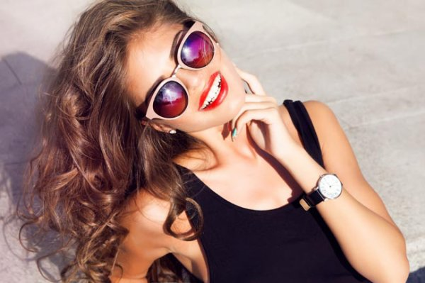 Essential Summer Makeup Tips To Keep You Sweat-Proof This Summer
