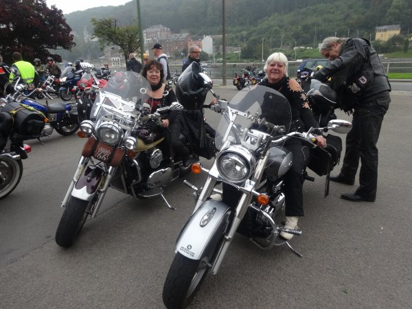 Dinant messe des motards avec BJ Scott.....superbe journée