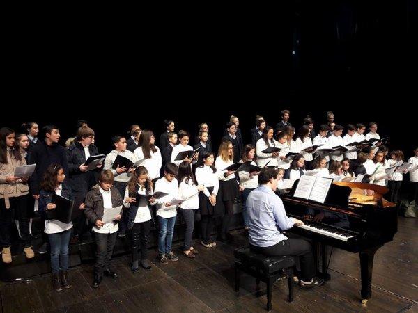 25 décembre 2016 : Les Petits Chanteurs de France participent à la messe de Noël en la Cathédrale d'Hinshu - Taïwan