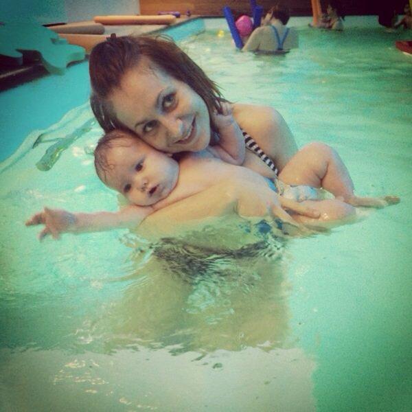 Chaque Vendredi direction bébé nageur pour un cours de piscine