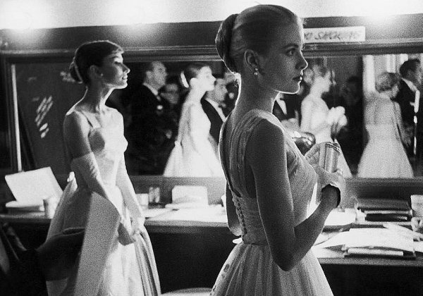 Backstage : Audrey Hepburn - Grace Kelly