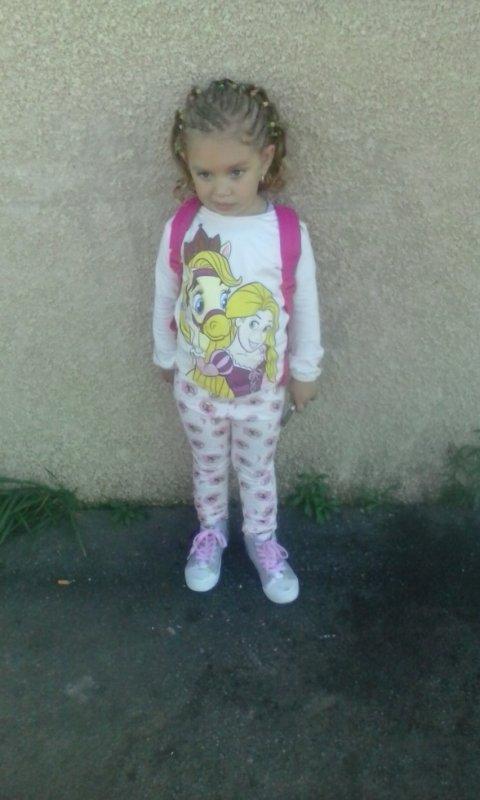 ma fille pour aler a lecole