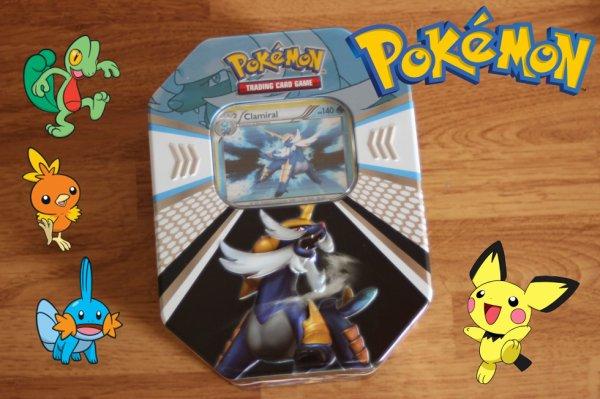 Ouverture d'une Pokébox de Pokémon. (Noir&Blanc)