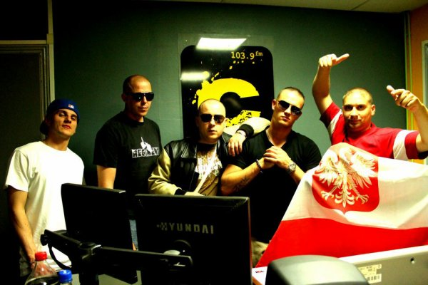 POLSKA KORPS & FAMILLE DE L'EST ( show radio )