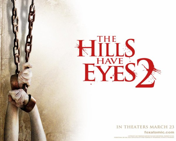 Des films et des affiches #2 : saga La colline a des yeux