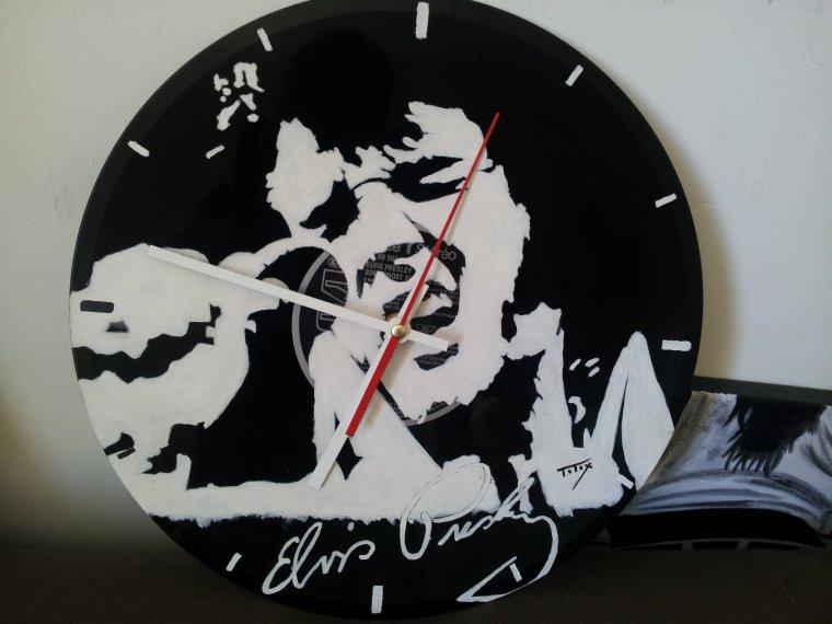 de nouvelles horloge sur vynil