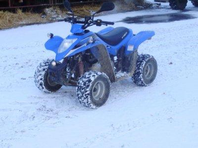 mon quad sou la neige