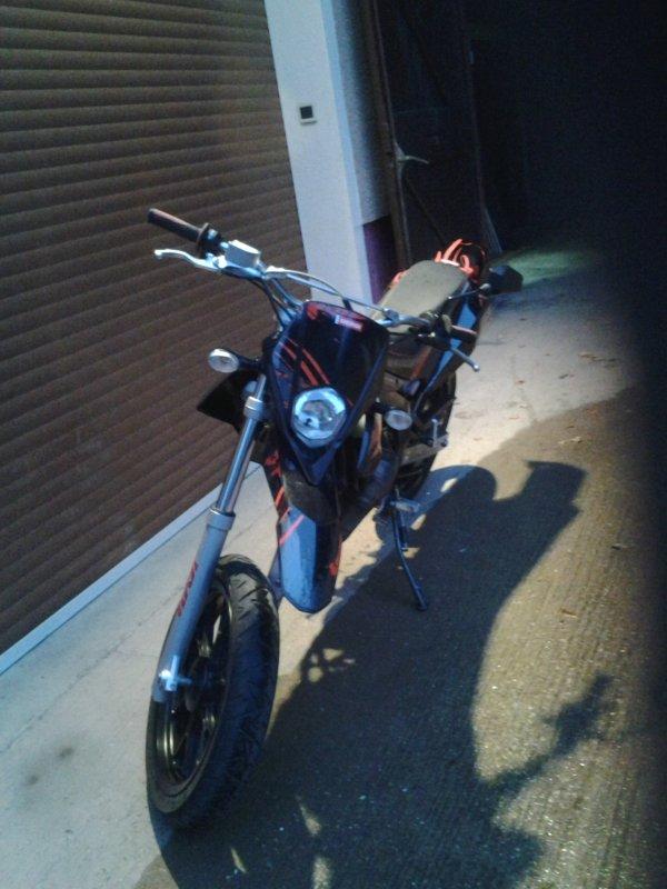 Nouvel moto (l)