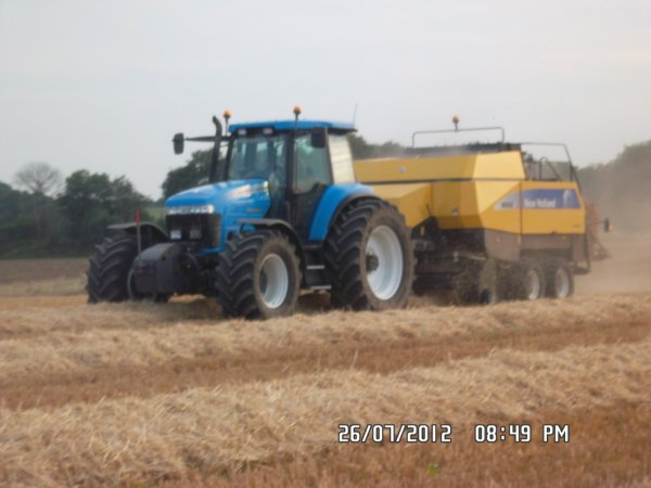 Le landini 210 et le big new holland