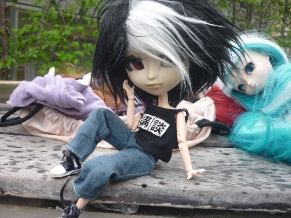 La mouillatuuure... C'est quand tu prends des dolls en photo sous la pluie... ♪ (2)