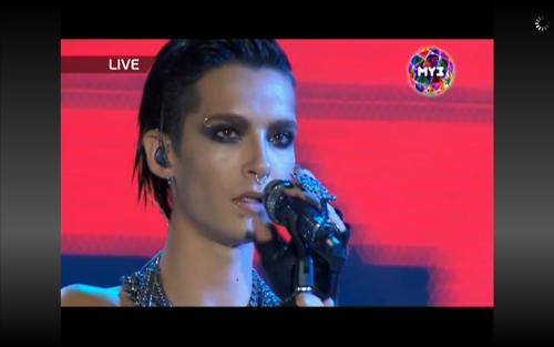 Bill est trop magnifique, je craque