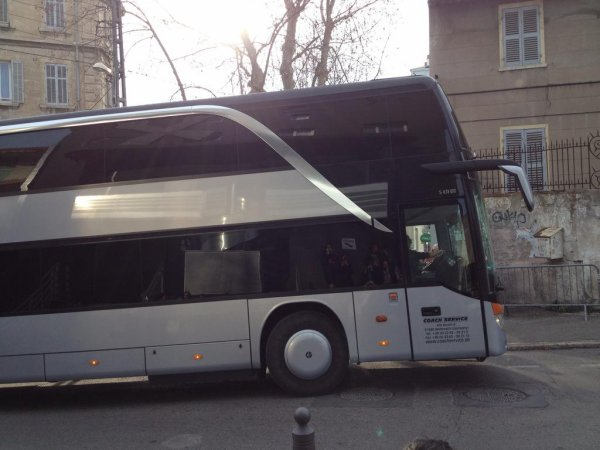 9 Mars, 2015 Marseille  - TH arrivent sur le site
