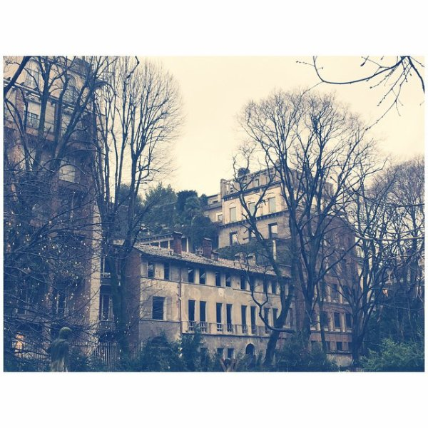 Bill instagram : journée pluvieuse#Milan#italie. rainy days #Milan #italy