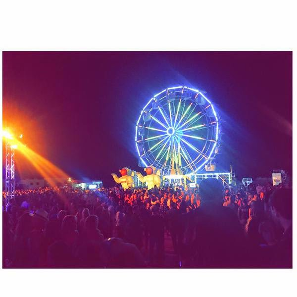 "Bill instagram : ""Neon Carnival...#allnight"