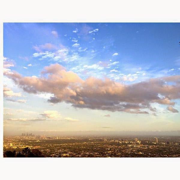 Bill instagram : #Colors#light#LA
